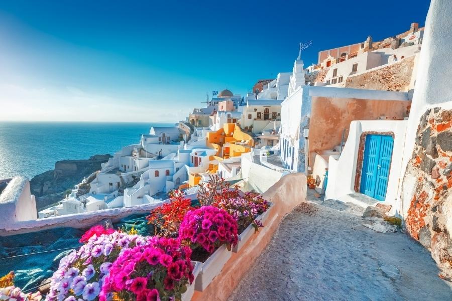 Najlepsze wyspy na wakacje w Europie - Santorini
