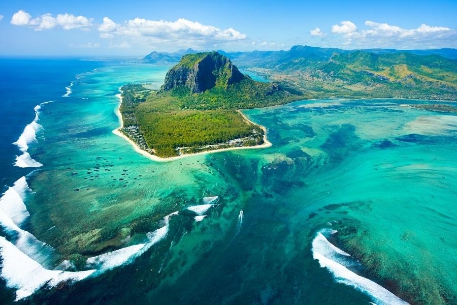 Najpiękniejsze tropikalne wyspy na świecie